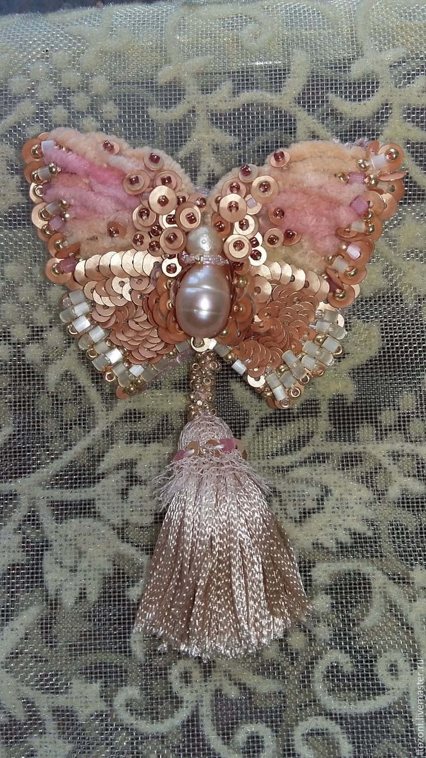 Brooches handmade. Livemaster - handmade. Buy Embroidered butterfly brooch.Pink, pearl