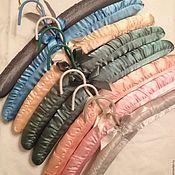 Свадебный салон ручной работы. Ярмарка Мастеров - ручная работа Атласные вешалки-плечики, набор из 2шт. Handmade.