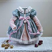 Одежда для кукол ручной работы. Ярмарка Мастеров - ручная работа Выкройка + Мастер класс: Платье для кукол Паола Рейна и Литтл Дарлинг. Handmade.