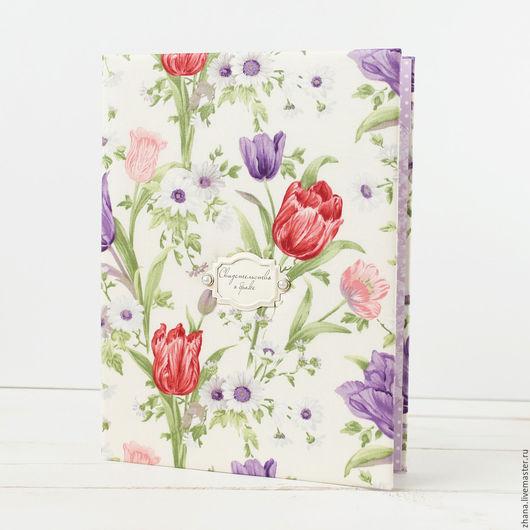 Папка для свидетельства `Тюльпаны`   Папка для свидетельства размером 19 х 26 см, подходит под стандартные свидетельства