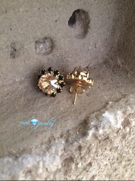 Серьги ручной работы. Ярмарка Мастеров - ручная работа. Купить Серьги-гвоздики позолоченные с кристаллами сваровски черными и желтым. Handmade.