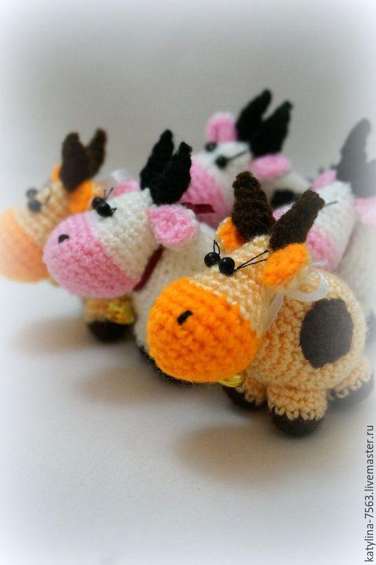 """Игрушки животные, ручной работы. Ярмарка Мастеров - ручная работа. Купить """"Бурёнка"""". Handmade. Комбинированный, коровы, молоко, корова брелок"""