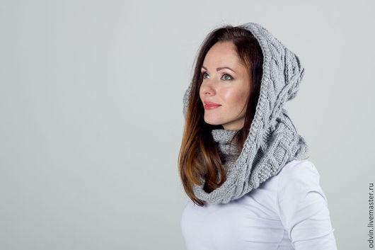 """Шарфы и шарфики ручной работы. Ярмарка Мастеров - ручная работа. Купить """"Жемчужина"""", Серый модный вязаный женский шарф снуд капюшон. Handmade."""