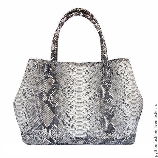 Сумка из питона. Оригинальная сумка из питона. Удобная женская сумка ручной работы. Модная сумка из кожи питона. Дизайнерская питоновая сумка на заказ. Стильная женская сумка из питона. Сумка питон.