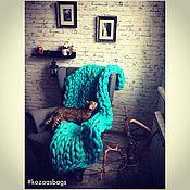 Для дома и интерьера ручной работы. Ярмарка Мастеров - ручная работа Супертолстый вязаный плед Kozaa`s Bags 100x150 см (s) Лазурь. Handmade.