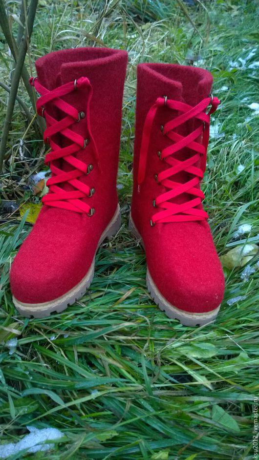 Обувь ручной работы. Ярмарка Мастеров - ручная работа. Купить валяные ботинки. Handmade. Валяние, подарок на новый год, подошва ТЭП