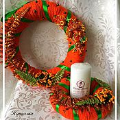 Подарки к праздникам ручной работы. Ярмарка Мастеров - ручная работа Новогодний венок с подсвечником. Handmade.