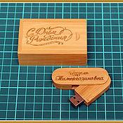 Сувениры и подарки handmade. Livemaster - original item 32 GB flash drive with name engraving. Handmade.
