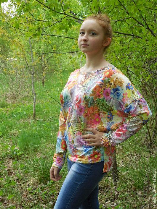 """Кофты и свитера ручной работы. Ярмарка Мастеров - ручная работа. Купить Свитшот """"Цветочный"""". Handmade. Разноцветный, свитер с рисунком, для девушки"""