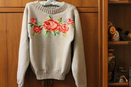 Кофты и свитера ручной работы. Ярмарка Мастеров - ручная работа. Купить Серый свитер с розой. Handmade. Серый, пуловер спицами