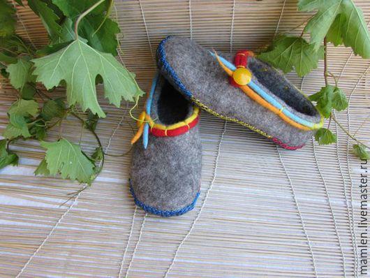 """Обувь ручной работы. Ярмарка Мастеров - ручная работа. Купить Валяные тапочки """" Радуга"""". Handmade. Серый, купить в москве"""
