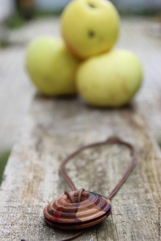 """Кулоны, подвески ручной работы. Ярмарка Мастеров - ручная работа. Купить Кулон """"Жизненная энергия"""". Handmade. Комбинированный, кулон из дерева"""