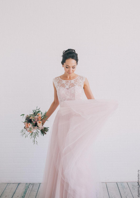 Пудровый цвет свадебного платья