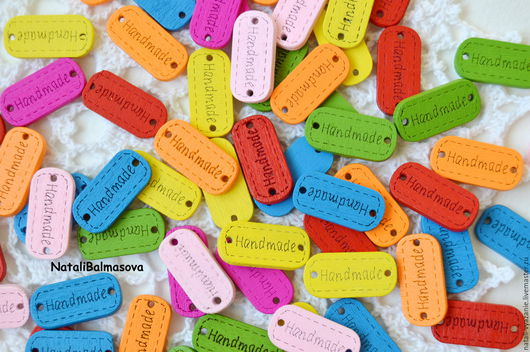 """Шитье ручной работы. Ярмарка Мастеров - ручная работа. Купить Деревянные нашивки """"Hand made"""" цветные. Handmade. Бирочки"""