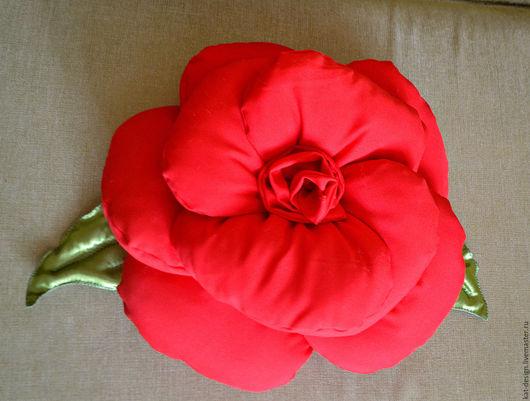 Персональные подарки ручной работы. Ярмарка Мастеров - ручная работа. Купить Подушка-роза. Handmade. Ярко-красный, подарок женщине