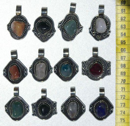 Кулоны, подвески ручной работы. Ярмарка Мастеров - ручная работа. Купить Подвески из металла с натуральным цветным перуанским камнем агат. Handmade.