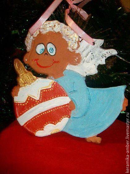 Детская ручной работы. Ярмарка Мастеров - ручная работа. Купить Ангел  с шариком  керамика, новогоднее интерьерное  украшение. Handmade. Ангел