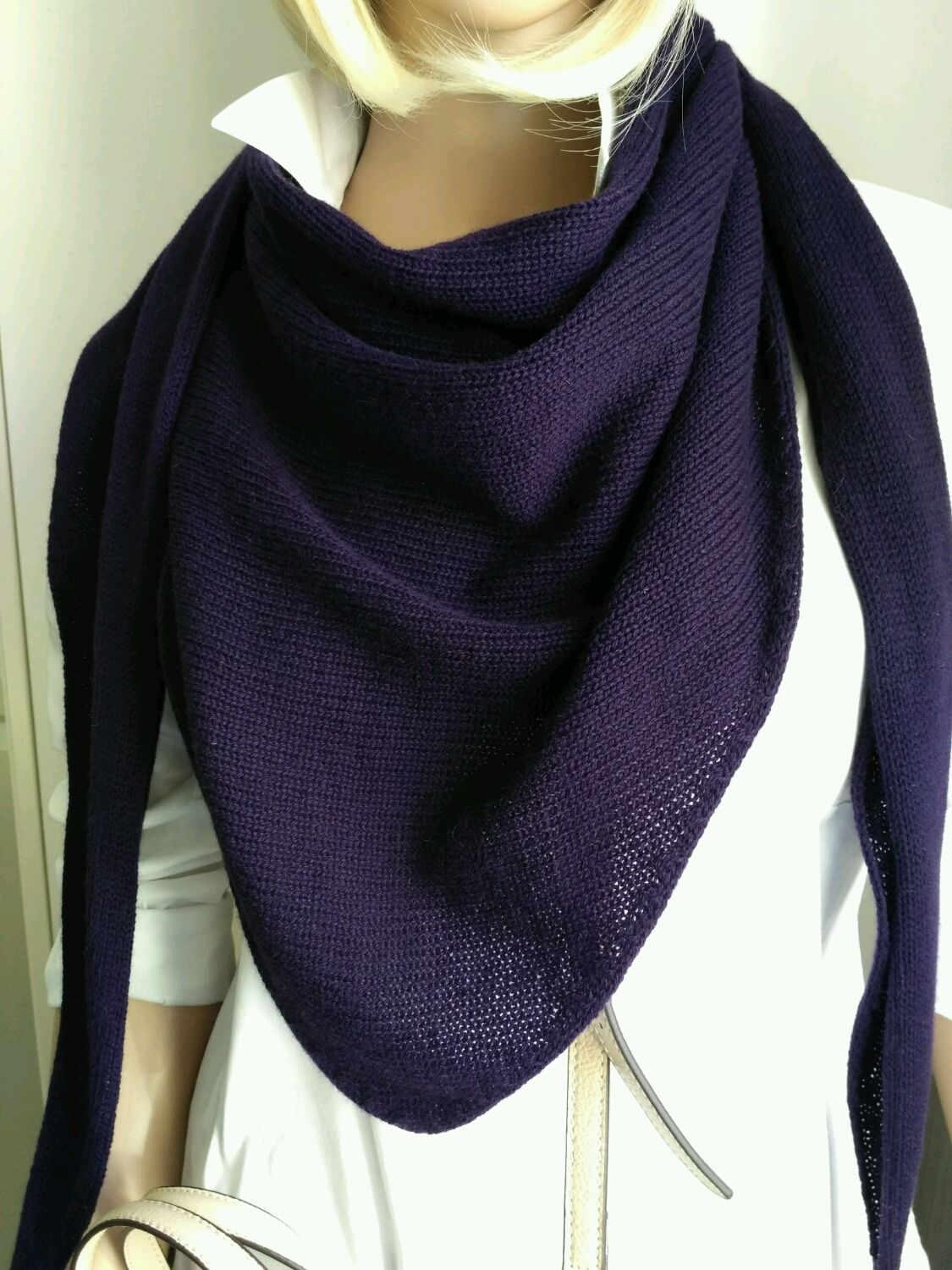 Kerchief-bactus 'Eggplant' from 100 % cashmere Cariaggi, Scarves, St. Petersburg,  Фото №1