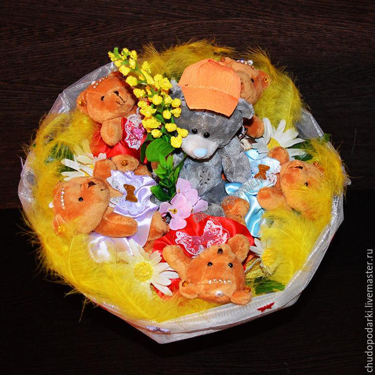 """Подарки для влюбленных ручной работы. Ярмарка Мастеров - ручная работа. Купить Букет из мягких игрушек """"Крутой парень"""". Handmade."""