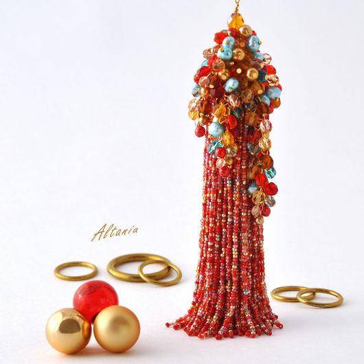 Красное длинное бисерное колье с кистью. Бисерная кисть и бисерный жгут в ярком колье. Колье-сотуар с массивной бисерной кисть и гроздьями бусин. Бисерные украшения от Altania