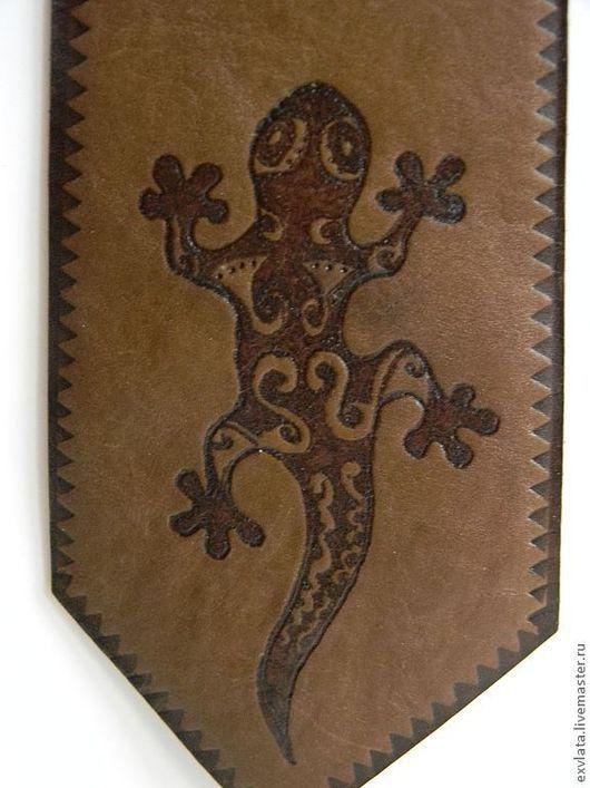 """Галстуки, бабочки ручной работы. Ярмарка Мастеров - ручная работа. Купить Галстук кожаный """"Саламандра"""". Handmade. Коричневый, галстук"""
