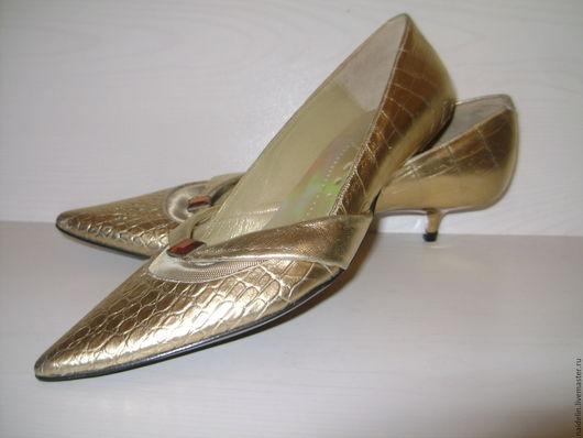 Винтажная обувь. Ярмарка Мастеров - ручная работа. Купить Золотые туфельки лодочки на маленькой шпильке 35 размер. Handmade. Золотой