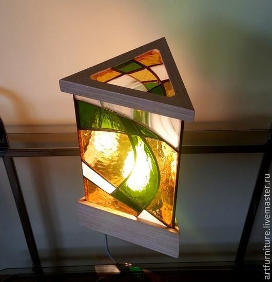 Освещение ручной работы. Ярмарка Мастеров - ручная работа. Купить Витражный светильник настольный. Handmade. Ярко-зелёный, витражный светильник