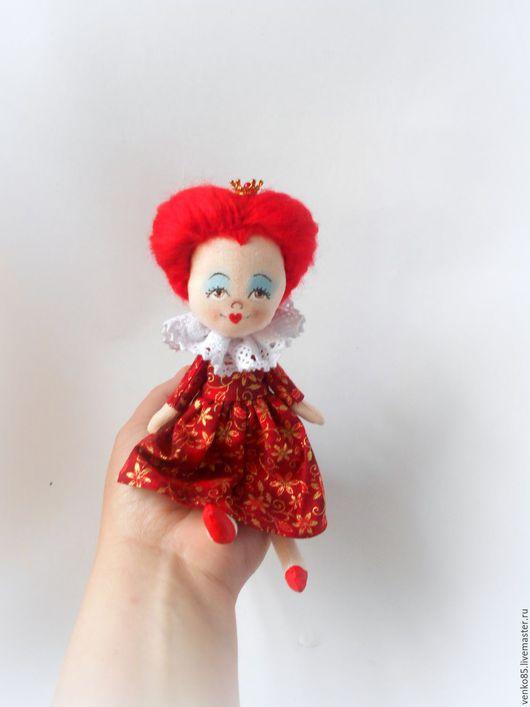 Коллекционные куклы ручной работы. Ярмарка Мастеров - ручная работа. Купить Чудо на ладошке Красная Королева по мотивам фильма Тима Бертона. Handmade.