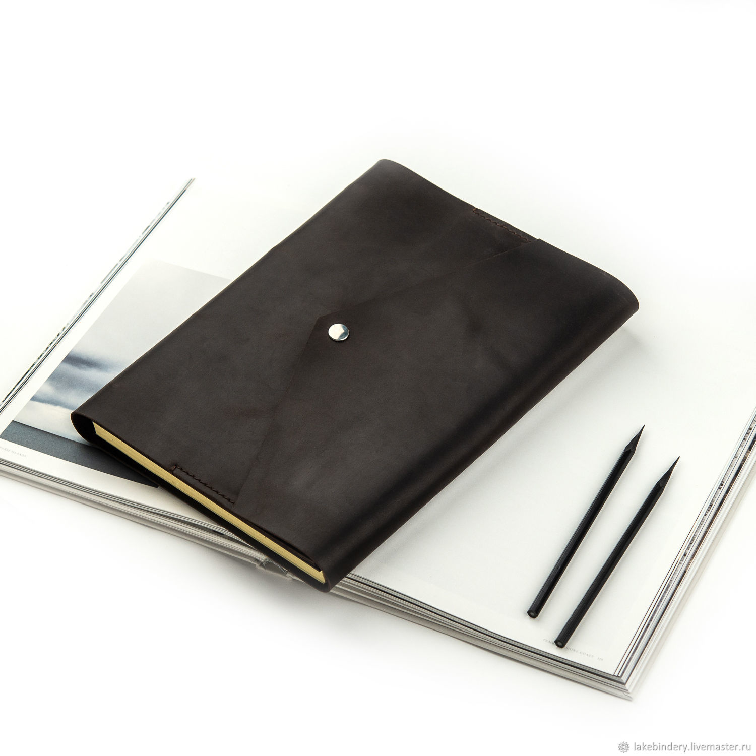 A4 leather notebook with magnetic button made of genuine leather, Notebooks, Moscow,  Фото №1