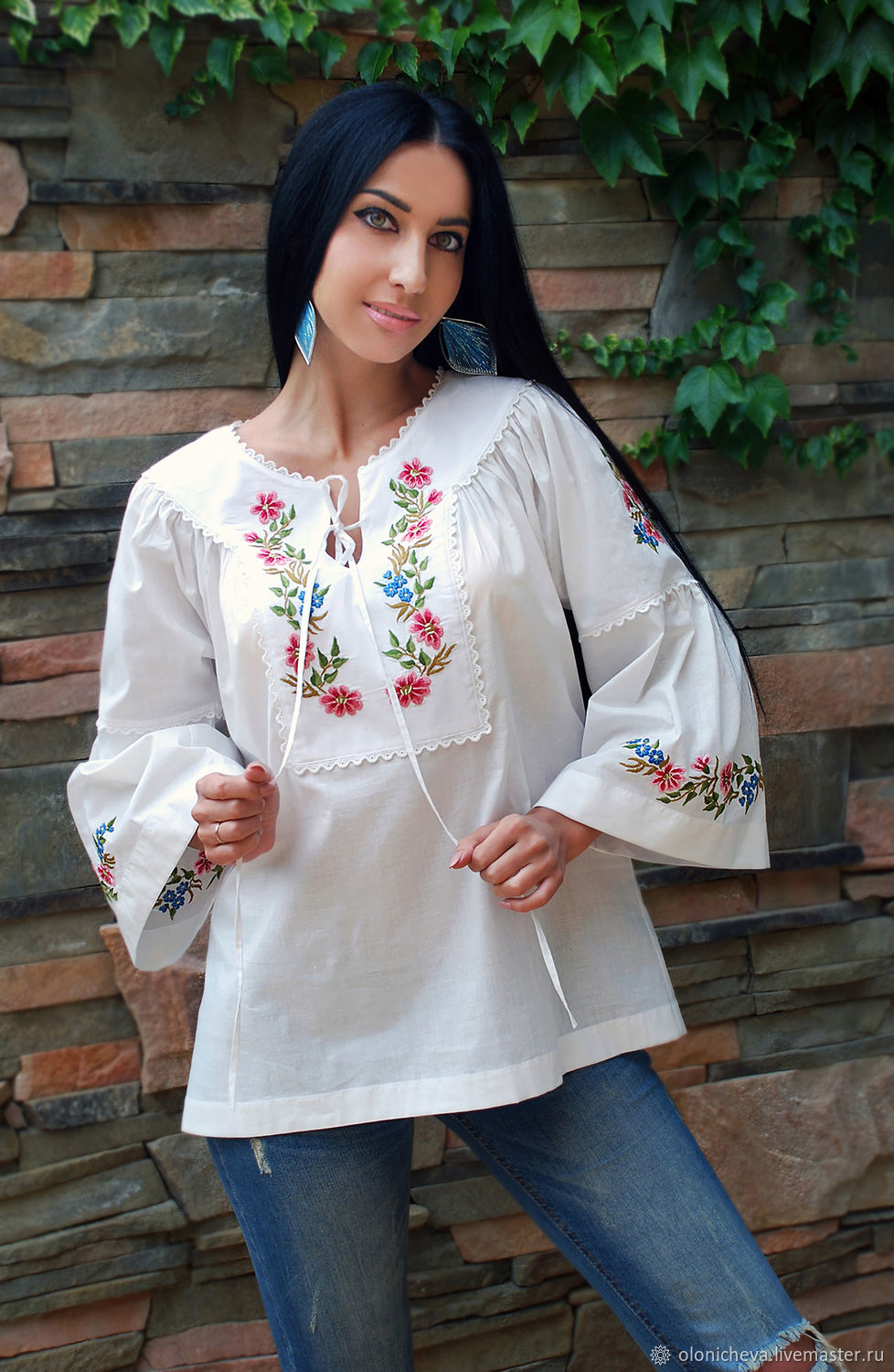 7a0dd931ee6 Blouses handmade. Livemaster - handmade. Buy A charming white blouse with  hand embroidery   ...