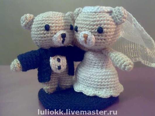 Подарки на свадьбу ручной работы. Ярмарка Мастеров - ручная работа. Купить Свадебные мишки амигуруми высотой 5 см. Handmade.