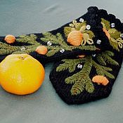 Аксессуары ручной работы. Ярмарка Мастеров - ручная работа Варежки женские вязаные с ручной вышивкой Льдинки и мандаринки. Handmade.