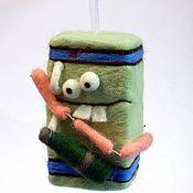 Куклы и игрушки ручной работы. Ярмарка Мастеров - ручная работа Холодильник с колбаской. Handmade.