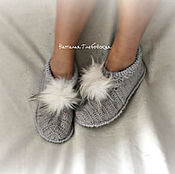 Обувь ручной работы handmade. Livemaster - original item Slippers with POM-poms. Handmade.