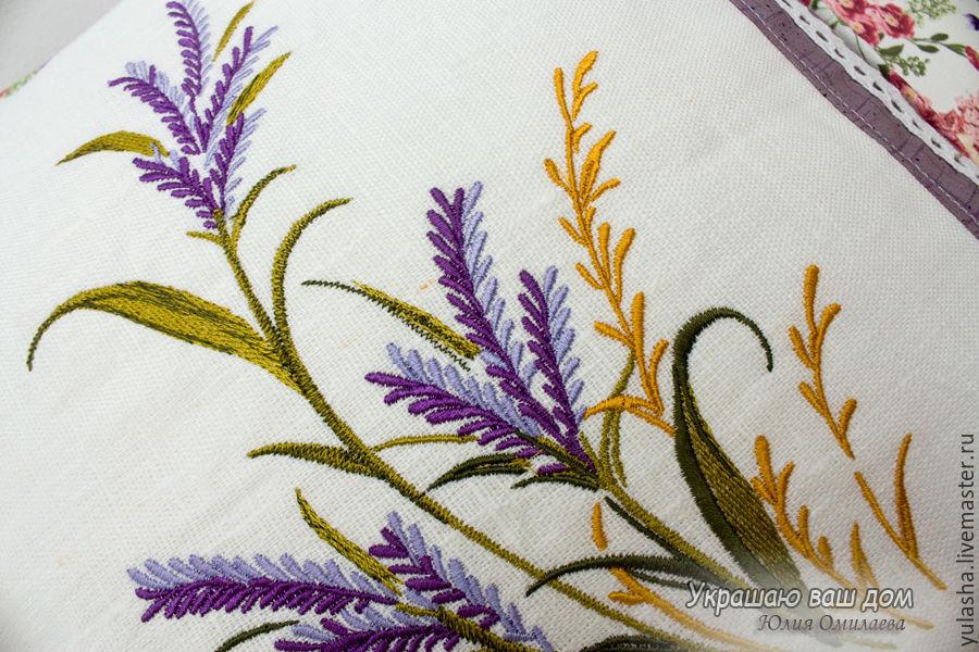 Декоративная наволочка для подушки с вышивкой