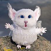 Куклы и игрушки ручной работы. Ярмарка Мастеров - ручная работа Бу, белая летучая мышь. Авторская кукла. Handmade.