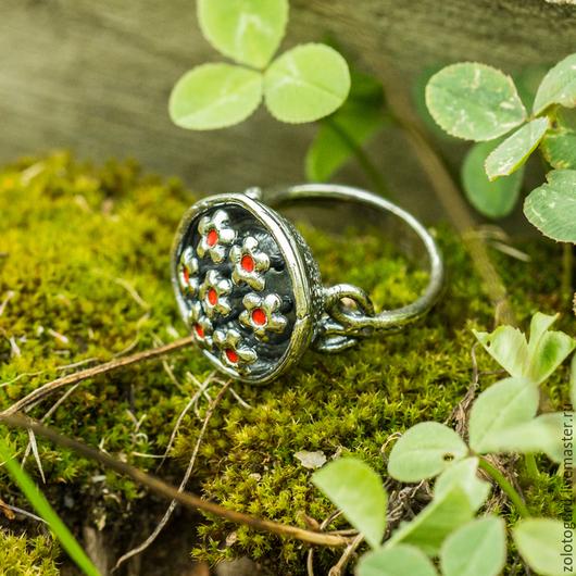 Кольца ручной работы. Ярмарка Мастеров - ручная работа. Купить Кольцо «Полянка» из серебра. Handmade. Кольцо ручной работы