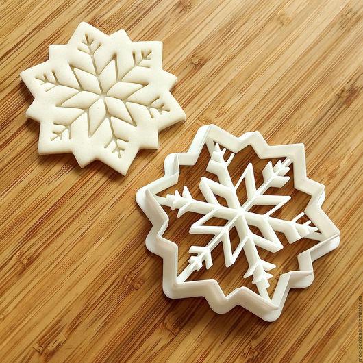 Снежинка (12).  Вырубка-штамп для пряника, печенья, мастики, поделок из соленого теста.