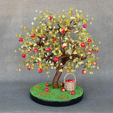 Цветы и флористика ручной работы. Ярмарка Мастеров - ручная работа Дерево яблоня из нефрита и коралла. Handmade.