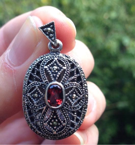 Для украшений ручной работы. Ярмарка Мастеров - ручная работа. Купить Медальон Гранатовый винтаж - 2 серебро 925 марказиты. Handmade.