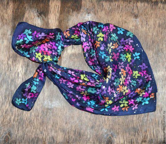 Шали, палантины ручной работы. Ярмарка Мастеров - ручная работа. Купить платок шёлковый  ручная роспись цветочный, разноцветный. Handmade.
