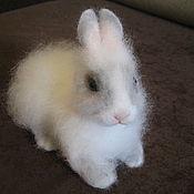 """Куклы и игрушки ручной работы. Ярмарка Мастеров - ручная работа валяный кролик""""Фролик"""". Handmade."""