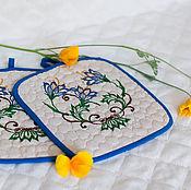 Для дома и интерьера ручной работы. Ярмарка Мастеров - ручная работа Подарок женщине прихватки Синие цветы. Handmade.