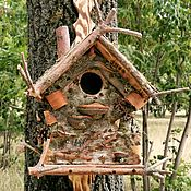 Кормушки для птиц ручной работы. Ярмарка Мастеров - ручная работа Бельчатник Дом в лесу. Handmade.