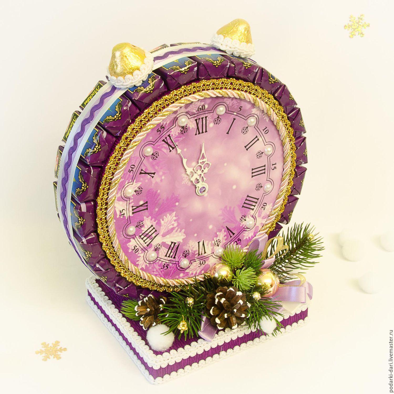 Часы на новый год из конфет