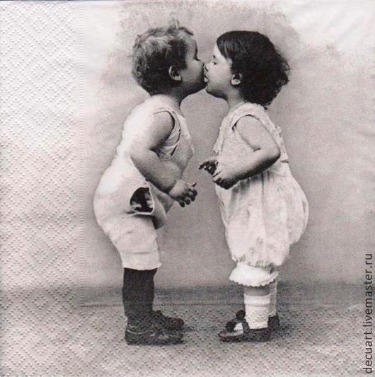 """Декупаж и роспись ручной работы. Ярмарка Мастеров - ручная работа. Купить Салфетка """"Поцелуй"""". Handmade. Чёрно-белый, ретро, поцелуй"""