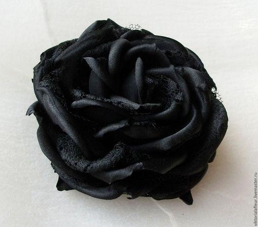 Броши ручной работы. Ярмарка Мастеров - ручная работа. Купить Брошь-роза черная шелковая с гипюром. Handmade. Черный