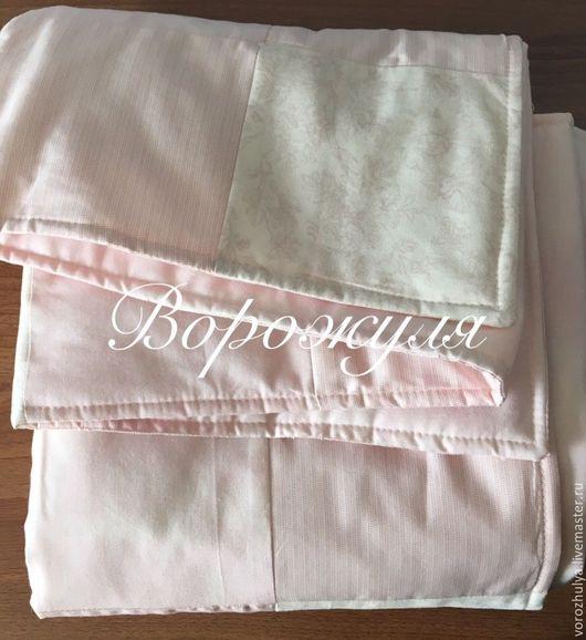 Пледы и одеяла ручной работы. Ярмарка Мастеров - ручная работа. Купить Детское лоскутное одеяло. Handmade. Бледно-розовый