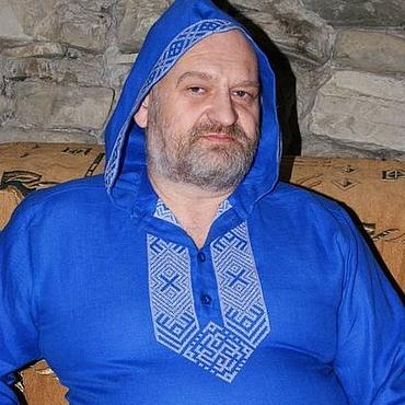 Одежда ручной работы. Ярмарка Мастеров - ручная работа Рубашка из льна с капюшоном с обережной вышивкой Гармония. Handmade.