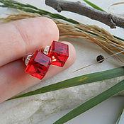 """Украшения ручной работы. Ярмарка Мастеров - ручная работа """"Cube Light Siam"""" серьги-гвоздики (Swarovski, серебро 925 проба). Handmade."""